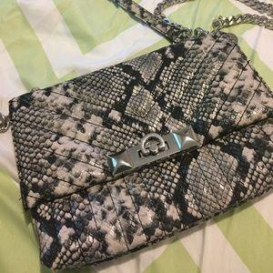 Fashion snake skin shoulder purse